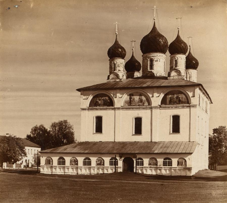 Троицкий собор в Макарьевском монастыре. Фото С. Прокудин-Горский. 1910 г.