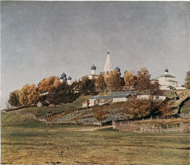 Макарьев монастырь на реке Унже. Фото С. Прокудин-Горский. 1910 г.