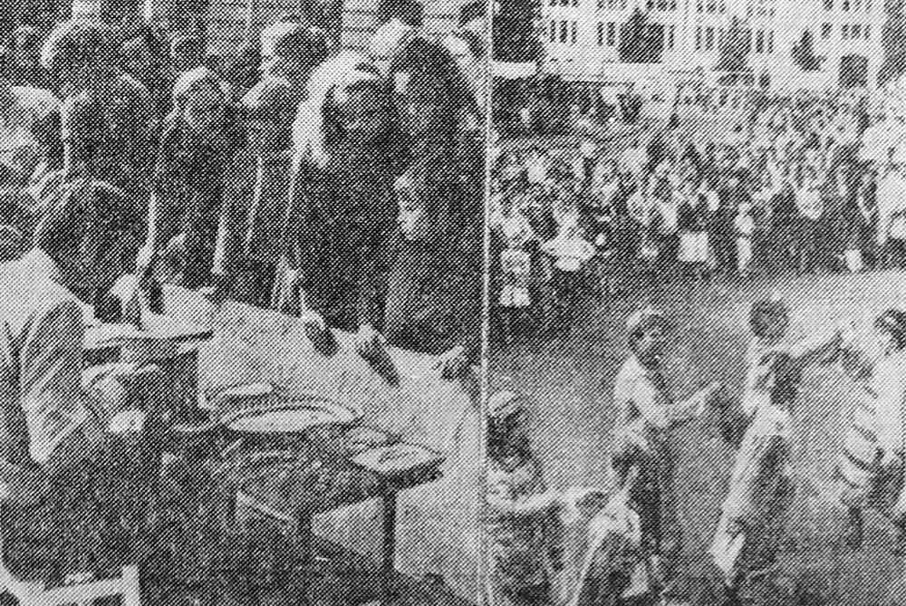 Празднование Дня города Брянска 27-28 августа 1988 г. Фото Е. Новикова.