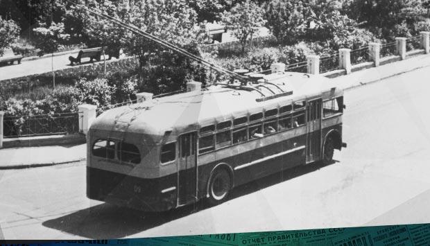 Брянску – троллейбус // Брянский рабочий. – 1959. – 28 окт. С. 2: о том, как строили первую очередь брянского троллейбуса 60 лет тому назад