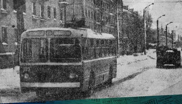 «Шестёрка» - новый маршрут // Брянский рабочий. – 1966. – 31 дек. (№306). С. 4: в последние числа декабря 1966 г. в свой первый рейс вышел троллейбус №6